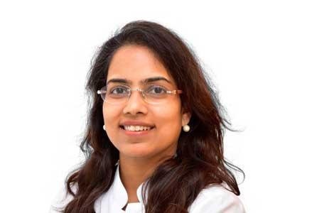 Dr. Ritu Khare, Hernia specialist